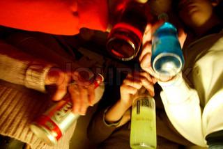 Billede af 'teenager, alkohol narkoman, gruppe'