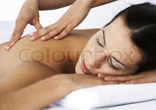Image of 'massage, gesturing, acupressure'