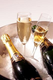 Billede af 'nytår, champagne spand, glas'