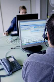 Billede af 'call center, headsets, arbejdsplads'
