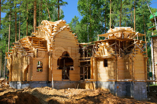 Building of the new log house