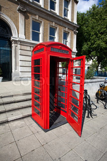 Alte rote Telefonzelle in London