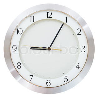 nine o clock and five minutes on the clock
