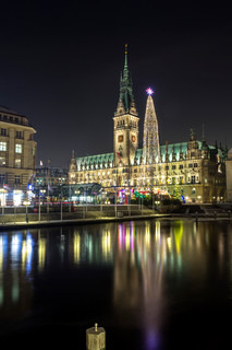 Hamburg Townhall at Christmas