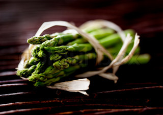 Close up image of green asparagus