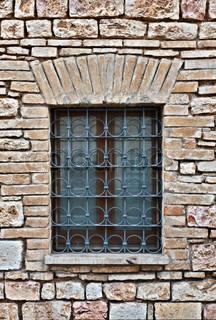 die renovierte fassade des alten spanischen haus mit balkon stock foto colourbox. Black Bedroom Furniture Sets. Home Design Ideas