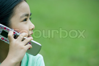 Image of 'six, phone, speak'