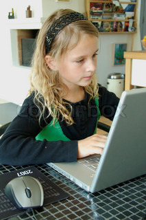 Image of 'computer, girl, children'
