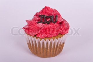 Valentine cupcake with I love you message
