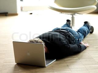 Image of 'computer, frustration, stress'