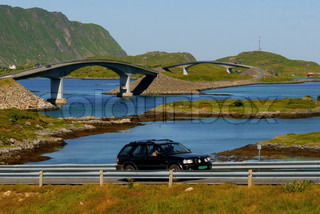 Image of 'norway, car, lofoten'