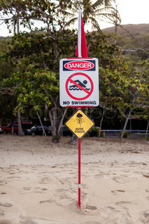 Australian marine stinger warning sign
