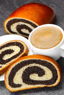 Sweet roll filled with poppy seed