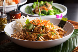 Chicken Pad Thai Closeup